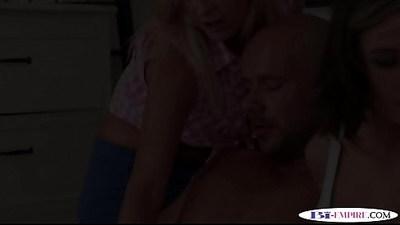 ambisexual  anal  cumshots