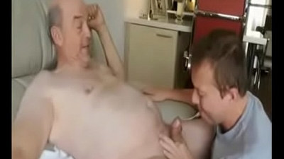 bears  cock sucking  daddy and son